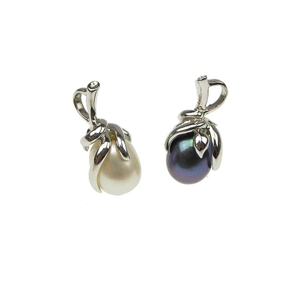 Perlevedhæng med Hvide & Sorte Ferskvandsperler - Rhodineret/925